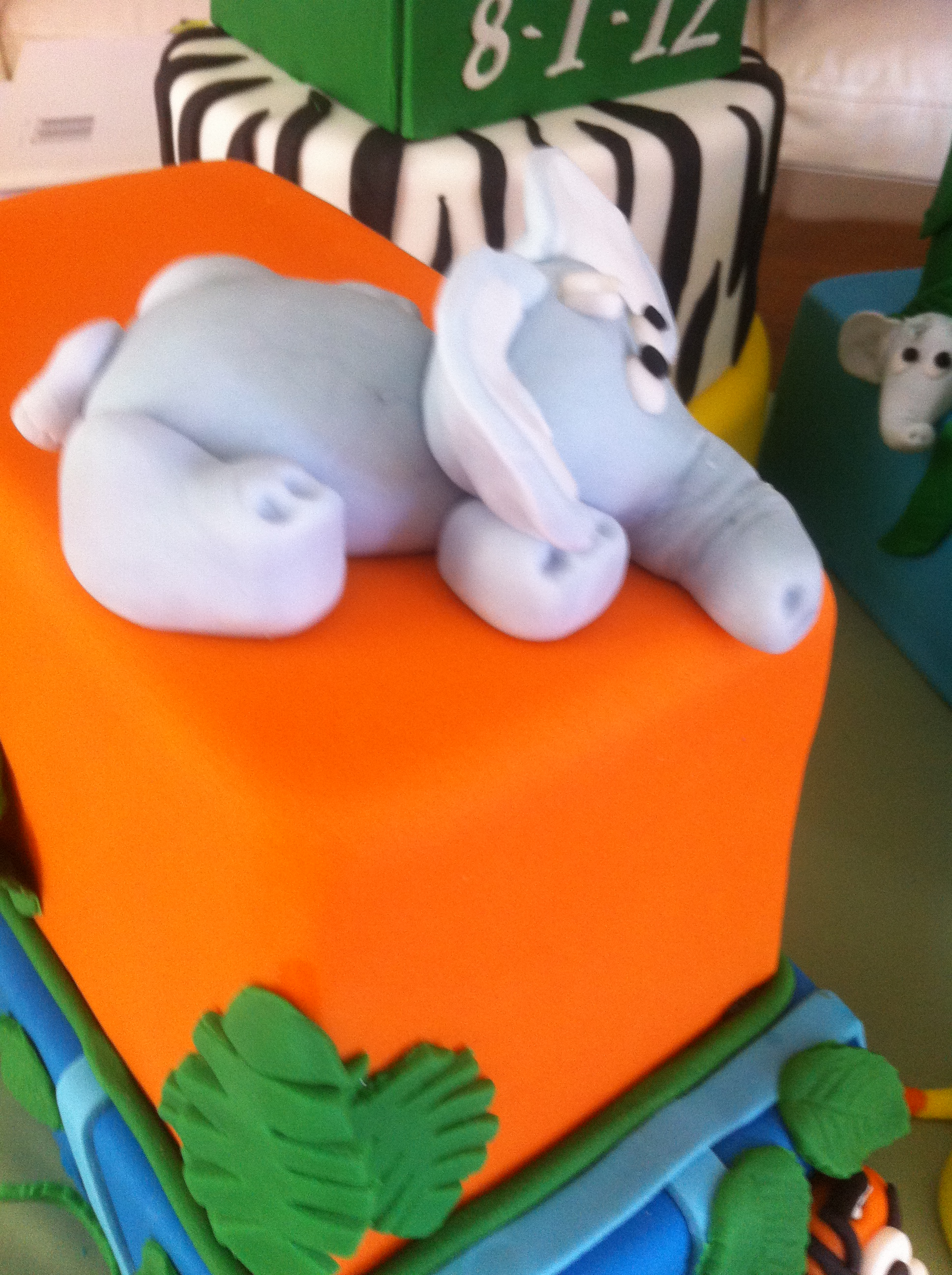Crumbs Cake Art Facebook : Pin Posted By Cakeart At 11222008 014300 Am No Comments ...